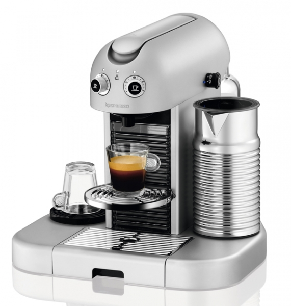 cafeti re magimix nespresso gran maestria m 400 machine. Black Bedroom Furniture Sets. Home Design Ideas